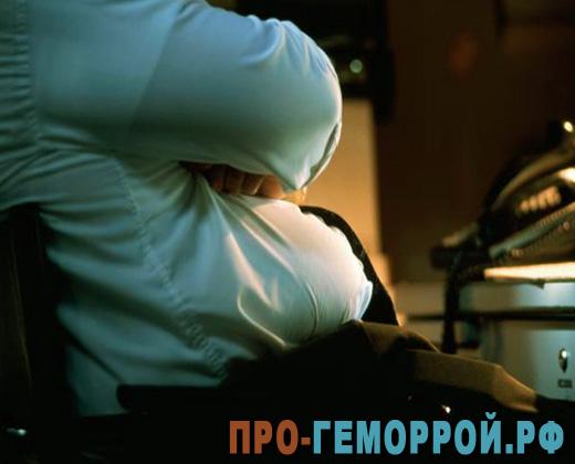 причины геморроя у мужчин